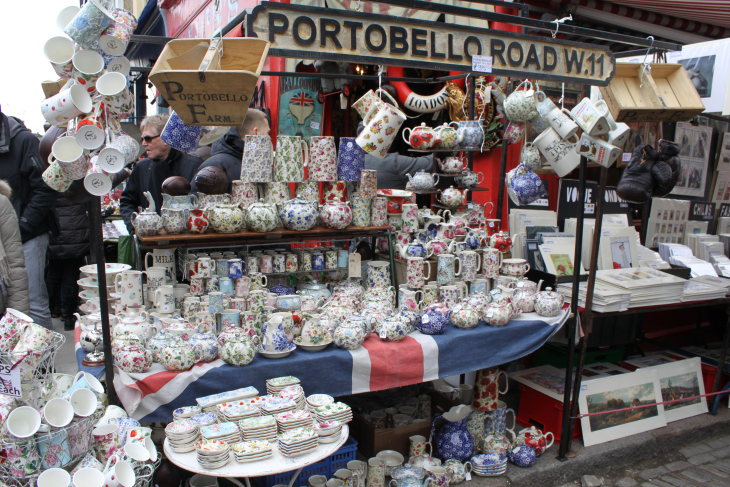Credit:http://londoninfourmonths.wordpress.com/2013/03/30/shot-of-the-day-portobello-road-market/